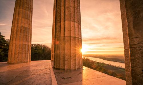 Walhalla Säulen Sonnenaufgang (c) Andreas Beiderbeck Photography