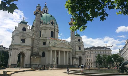 Karlskirche Wien © Gisela Gruber