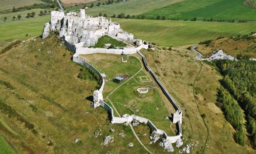 Zipser Burg (c) Slovakia
