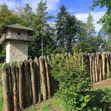BW Großerlach Grab Bilder Schneidt 012 BW, Großerlach Grab, Limesrekonstruktion Auf Dem Heidenbuckel